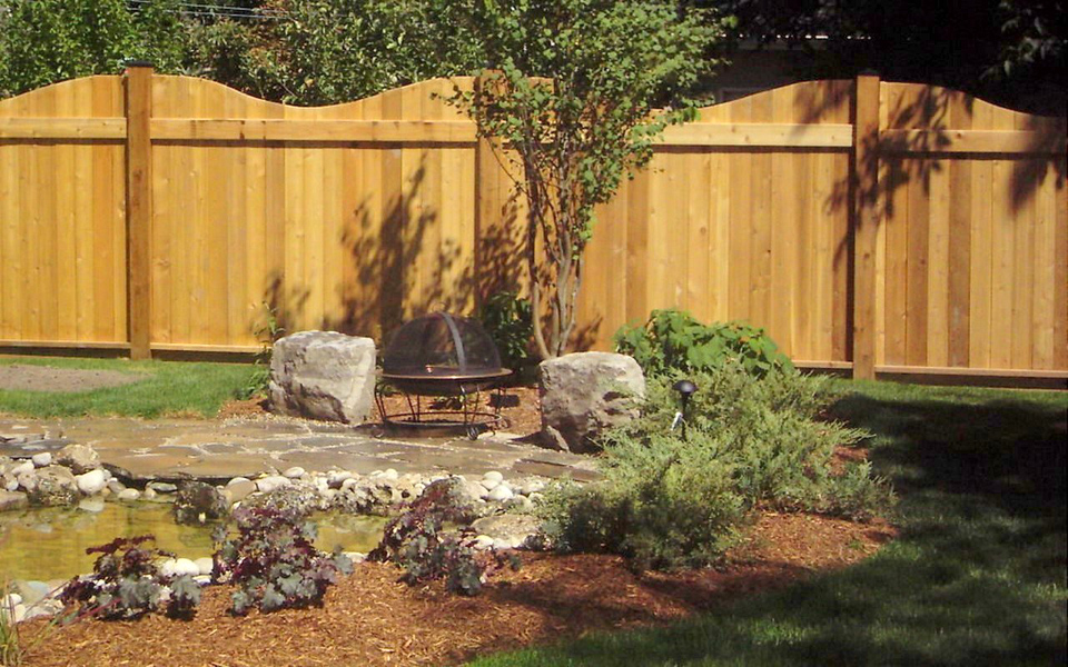 custom fence and amazing landscaping by living construction in Richmond hill
