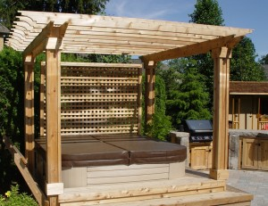 backyard hot tub under pergola - Pergola Builders Toronto