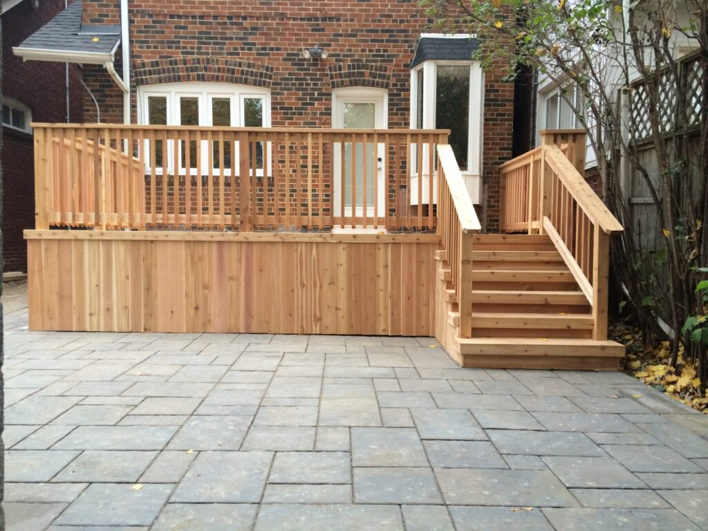 deck and landscape design by living construction Richmond hill